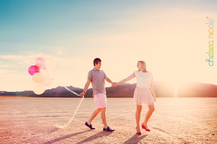 couples-photography-in-the-vegas-desert