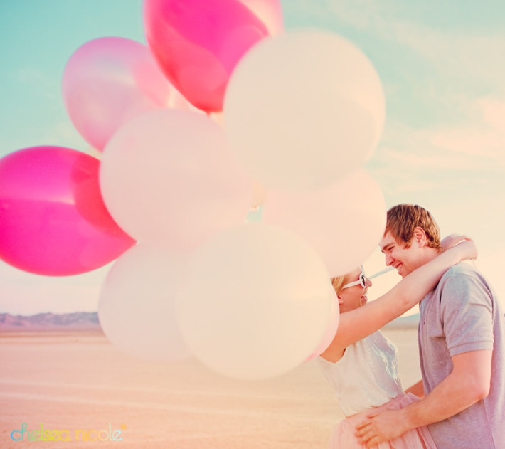 sweethearts-candy-themed-shoot-with-balloons